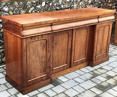 Large Fine Antique Early Victorian Mahogany Sideboard Buffet