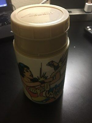 Vintage 1977 Wonder Woman Aladdin Thermos DC Comics