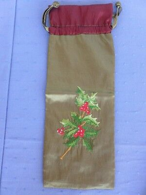 New Embroidered Fabric Holly Bottle Bag from Metropolitan Museum of Art NY