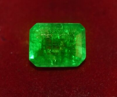 GGL Certified Stunning 10.10 Cts. Natural Green Emerald, Emerald Shape Gemstone