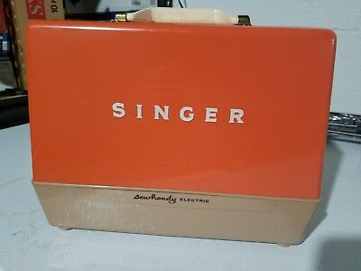 Vintage 1962 Singer Sewhandy Electric Child's Sewing Machine Model 50 D