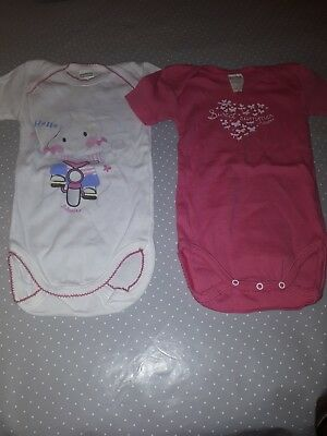 lot 2 body fille absorba taille 18 mois