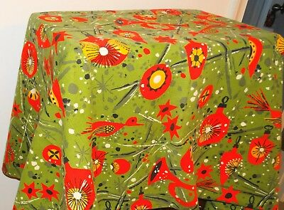 """My Mothers 1950s Vintage Christmas Tablecloth 51"""" by 63"""" Excellent Condition"""