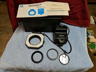 Minolta Auto Electroflash Macro 80PX ringflash in original case (X-700 / X-570)