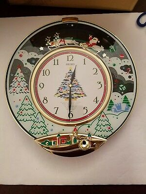 Seiko Melodies In Motion Christmas Songs Wall Clock Model Qxm117Gr