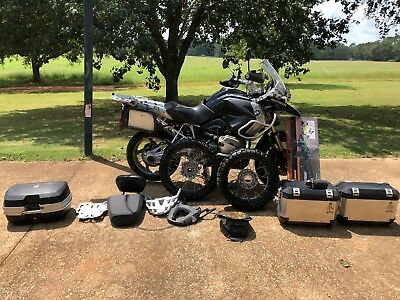 2011 BMW R-Series  2011 BMW R1200 GS Adventure Motorcycle