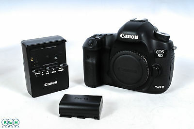 Canon EOS 5D Mark III Digital SLR Camera {22.3 M/P} Shutter Actuations: 17,982