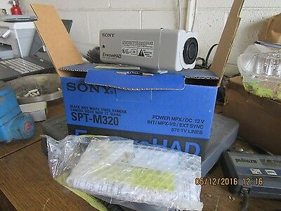 New Sony Exwavehad Black / White Security Video Camara Spt-M320