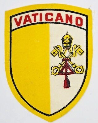 Vintage Vaticano Vatican Embroidered Souvenir Patch Woven Cloth Sew On Badge