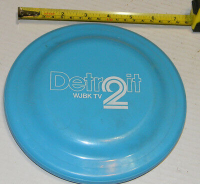 Detroit Wjbk Tv 2 Humphrey Flyer Flying Disc. *made In U.s.a.
