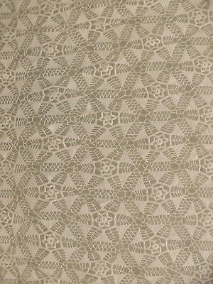 Lovely Vtg Hand Made Crocheted Lace White Snowflake Floral Star Tablecloth 64x64