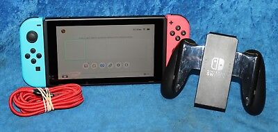 Nintendo Switch 32 GB Video Game Console Neon Red / Neon Blue Joy-Con