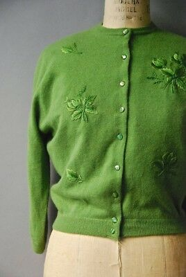Vintage 1950s 1960s Green Rose Embroidered Cardigan