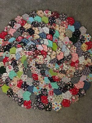 Ready Tacked Selection Of Small Patchwork Hexagons X 201 Brand New