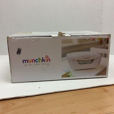 New Munchkin Mist Wipe Warmer With Mist  New In Box Manual