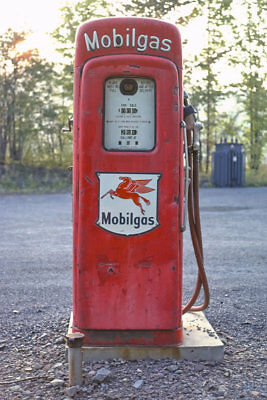 Mobilgas Mobil Vintage Red Gas Pump Windham NY 1977 View 8x12 photo