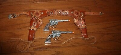 Rare Roy Rogers Cap Gun Set With Rare Snap Down Holster