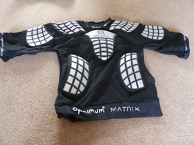 Protective 5 pad Matrix top by Optimum Sport