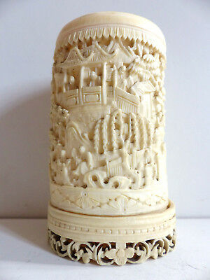 SUPERB ANTIQUE CHINESE CANTONESE CARVED BRUSH POT BITONG 19th Century
