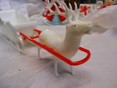 Vintage Christmas White Reindeer with Sleigh Candy Container Plastic IRWIN