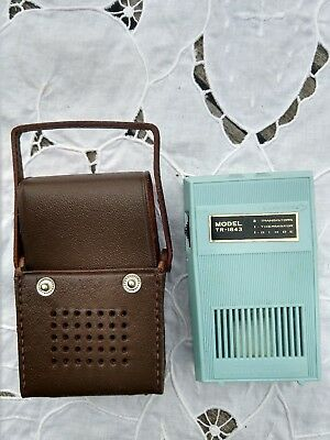 Vintage REALTONE Eight Transistor Radio Made in Japan RETRO BLUE Brown Case