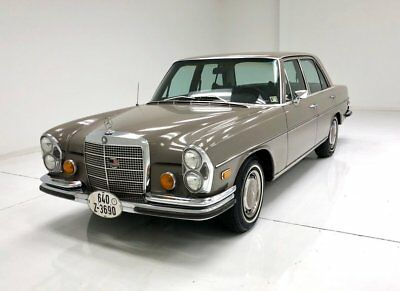 1971 Mercedes-Benz 280S  Rust Free Original Leather Seats Straight Six Excellent Driving Example