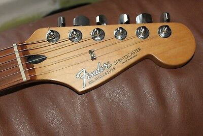 90s  MIM Fender Stratocaster ELECTRIC GUITAR PERFECT