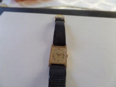 VINTAGE 14k SOLID GOLD ART DECO OMEGA UNISEX  WRIST WATCH. VERY COLLECTABLE