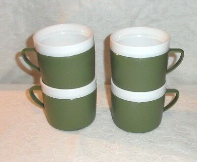 Set Of 4 Green & White Royal Satin Plastic Therm-O-Ware Coffee Cups