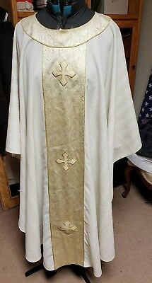Liturical Clergy Chasuble Vestment Ivory & Gold Theological Threads A Bit Of Tlc