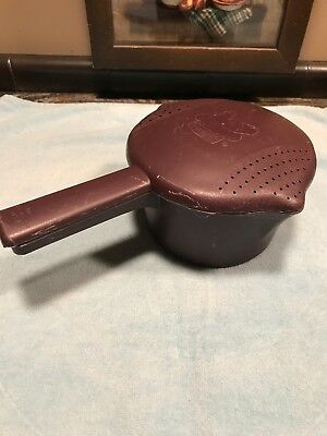 Pampered Chef Small Micro Cooker Microwave Steamer Black 4 Cup Lid