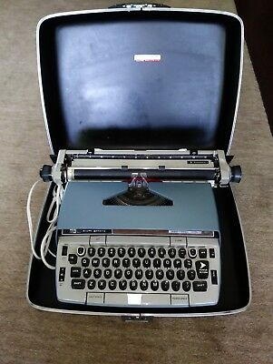 Vintage Smith Corona Electra 220 Typewriter Electric 1970s Portable LOCAL PICKUP