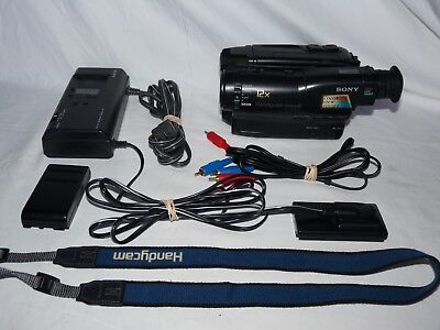 Sony Handycam CCD-TR33 8mm Video8 Camcorder VCR Player Camera Video Transfer