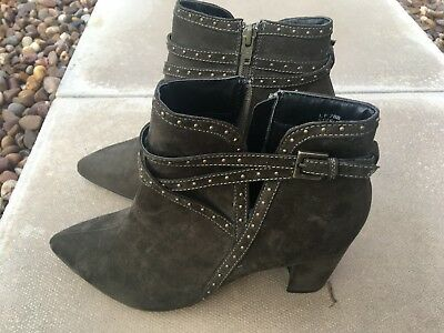 Dark olive green mid heel faux suede boots  brand new size 6