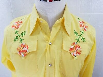 VTG The Tony Alamo of Nashville Hand Embroidered Floral Western Long Sleeve Snap