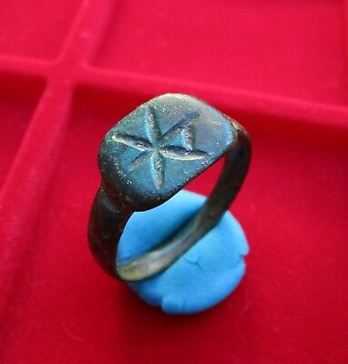 > CHI RHO < Ancient Roman Engraved bronze ring . Early Christian symbol engraved