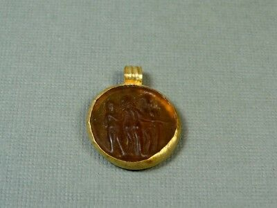 Ancient Gold & Glass Pendant Three Graces Image Roman 100-300 Ad