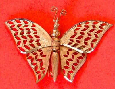 Vintage Brushed Gold Tone Metal Butterfly Pin Brooch Moveable Wings