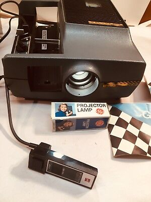Vintage Sawyer Grand Price 570 Slide Projector With Remote