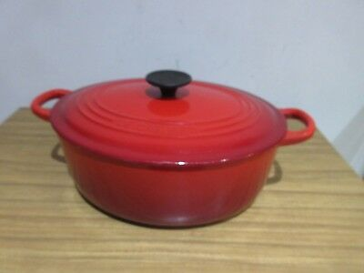 Le Creuset Red Oval Cast Iron Casserole Dish Size 27. Rrp £215.