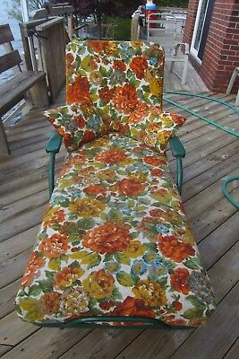 Mid-Century Vintage Wrought Iron  Chaise Lounge Green 4 Positions & Cushions