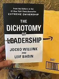 The Dichotomy of Leadership: Balancing the Challenges... (Hardcover)-2018