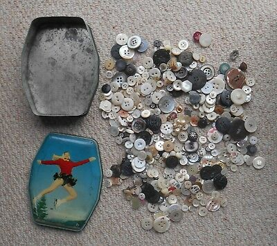 Vintage Tin of Mother of Pearl Buttons, approx 400 grams