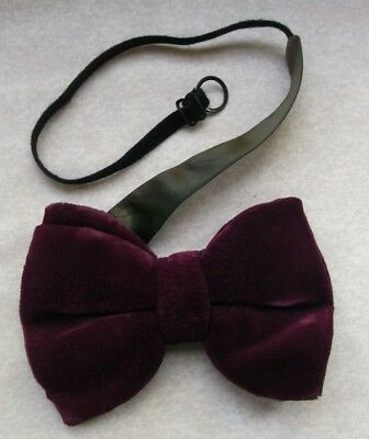 bad78d6484c8 Bow Tie Vintage Velvet Mens Bowtie RETRO 1980s CRUISER DARK VIOLET PURPLE