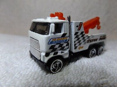 "VINTAGE DIECAST--80's FORD WRECKER--HI BANKS RACING--HOT WHEELS--3"" LONG--NICE"