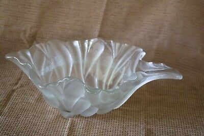 Clear - Textured - Lettuce Leaf Bowl - Heavy Clear Glass - Vintage