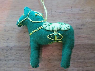 Dala Horse ornament Green Ducks Oregon Scandinavian swedish handcrafted