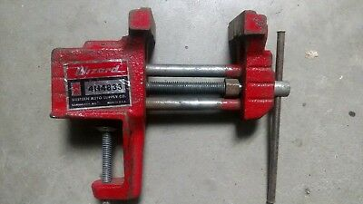 Vintage Antique Red Western Auto Wizard Clamp On Bench Vise RARE 4H4833