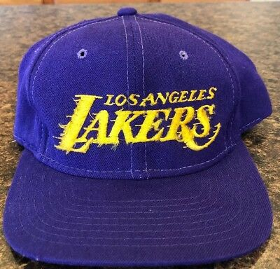 best service 1012f 0ac83 Vintage Los Angeles Lakers Sports Specialties Snapback Hat Motion Script PRO