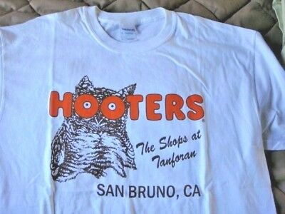 NEW HOOTERS San Bruno, CA, THE SHOPS AT TANFORAN, T-Shirt, Large, S/S, White